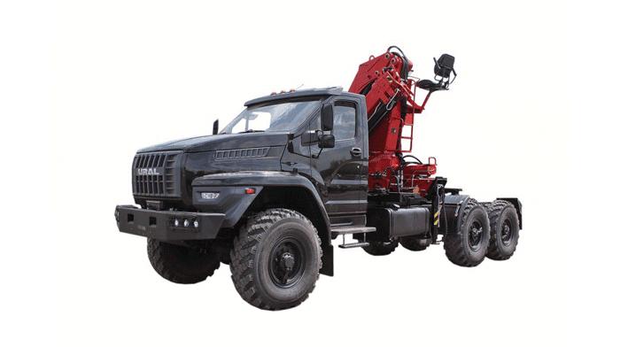 Седельный тягач «Урал-Next» (6х6) с гидроманипулятором на базе ЯМз-536